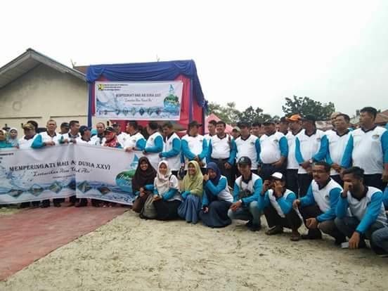 Peringati Hari Air Sedunia, Pemko dan Masyarakat Pekanbaru beserta BEM UR Lakukan Aksi Bersih Sungai