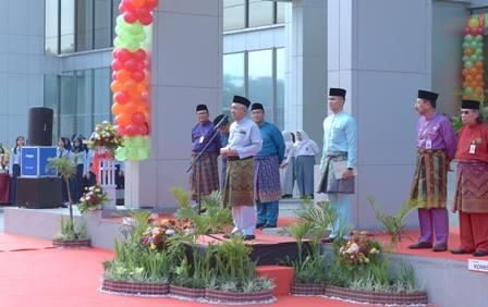 Gubernur Riau Berharap Laba Bank Riau Kepri Terus Tumbuh di 2017