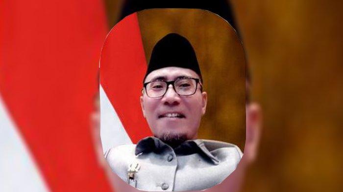 Diduga Menipu Rakyat, Sugeng Pranoto Dipecat Dari Ketua Masjid DPRD Riau