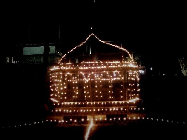 Masyarakat Pekanbaru Antusias Saksikan Parade Lampu Colok